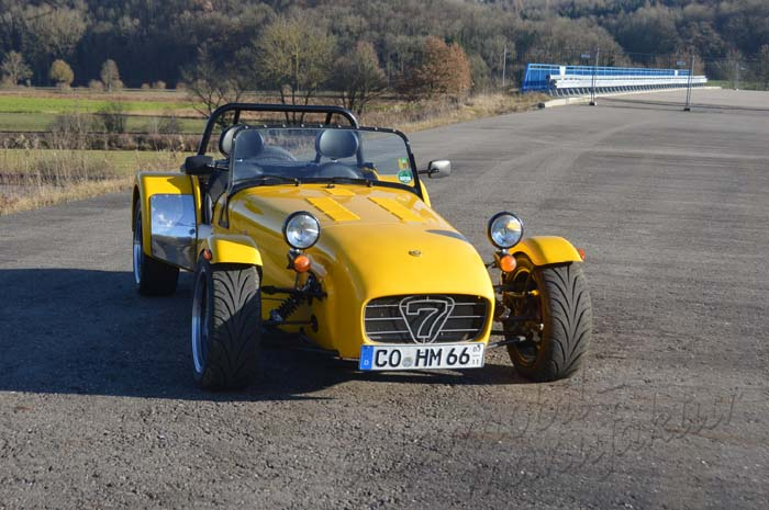 "SV-Caterham 1.8 XPR ""The Yellow Thunder"""