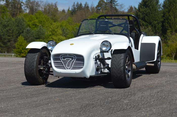 "Caterham 1.6 Supersport ""The White Snake"""