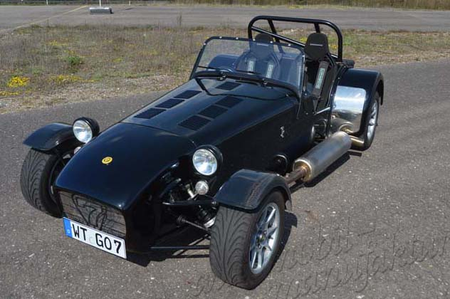 "Caterham Supersport R ""The Tackling Hound"""