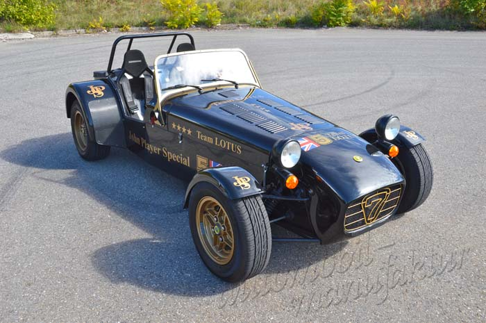 "Caterham Supersport ""JPS Lotus Racing Tribute"""
