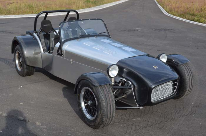 "Caterham ""The Hissing Stinger"" in R400 VHPD Superlight Spec"